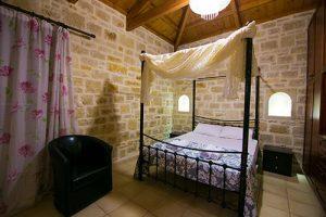 1st floor: mater bedroom